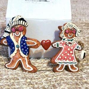 Adorable Blue Sky gingerbread boy & girl